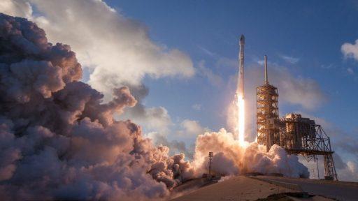 La nave SpaceX-NASA podría ser visible esta noche en el cielo de Viladecans, viladecans noticias, noticias viladecans