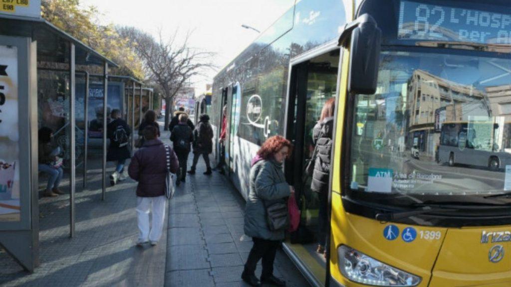 Dobles paradas de bus en viladecans amb,viladecans noticias, noticias viladecans
