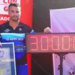 El Viladecanense Alberto Lorente, consigue el récord mundial de piscina estática a contracorriente , viladecans noticias, noticias viladecans