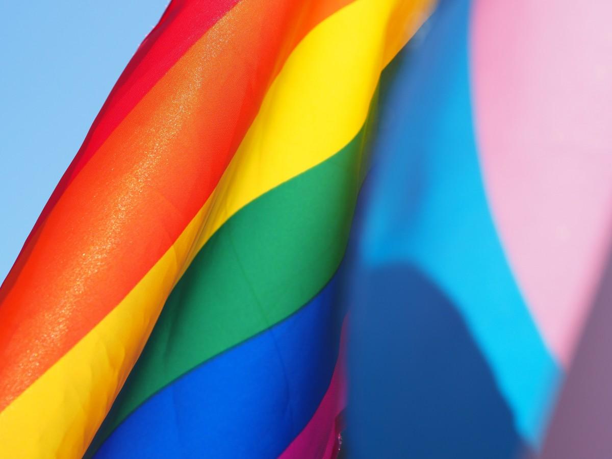 Viladecans conmemora el día del orgullo LGTBI