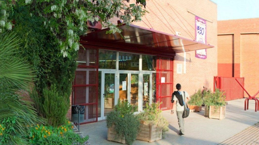 ¿El instituto Torre Roja está confinado?, Viladecans News, viladecans noticias, noticias viladecans